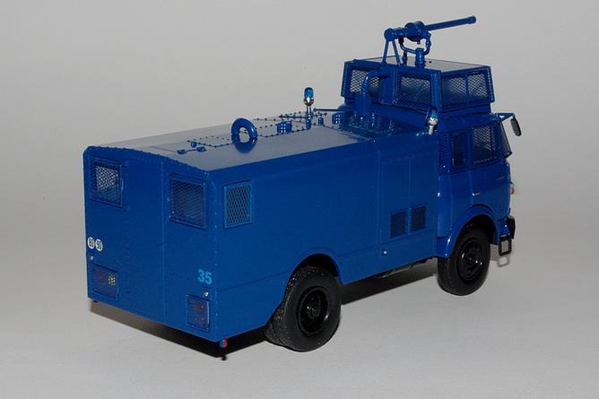 11 berliet gbk80 fourgon pompe gendarmerie arr