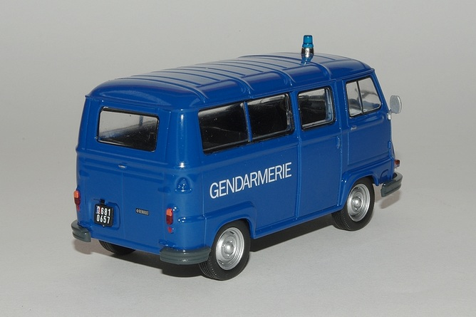 11 estafette 800 gendarmerie arr