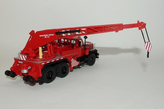 115 camion grue magirus deutz kw 16 grue deployee