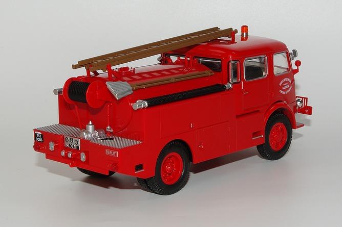 136 berliet glb 19 4x4 double cabine arr
