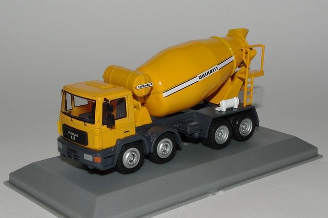15 liebherr htm 904 camion toupie sur man tgs 8x4