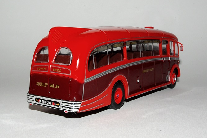 16 aec regal 3 harrington dorsal fin grande bretagne 1950 arr
