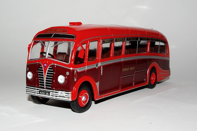 16 aec regal 3 harrington dorsal fin grande bretagne 1950