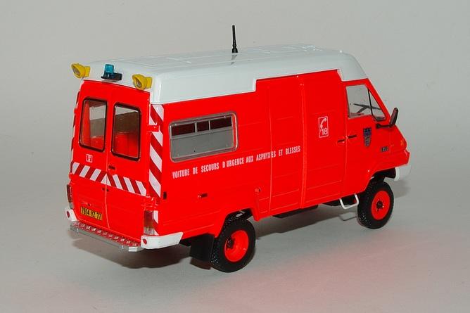 16 renault b 70 35 d 4x4 fourgon serie pompiers arr