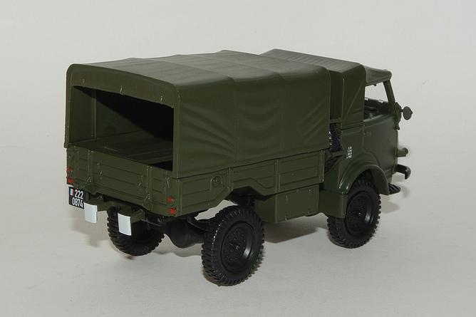 18 750 kg 4x4 plateau bache militaire arr