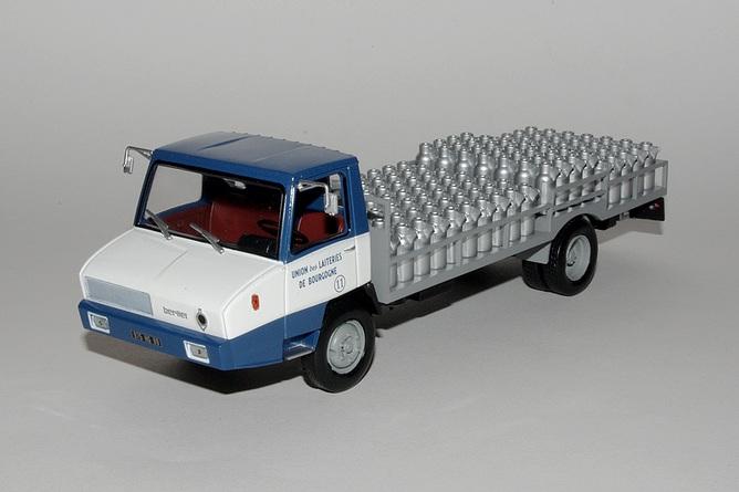 N°19 Berliet Stradair 20 laitier - Page 2 19-stradair-20-laitier