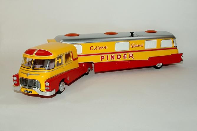 22 23 assomption ford f094 et caravane
