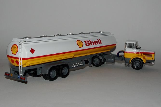 30 berliet tlr 12 1967 shell arr