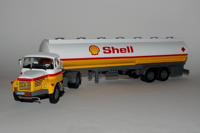 30 berliet tlr 12 1967 shell