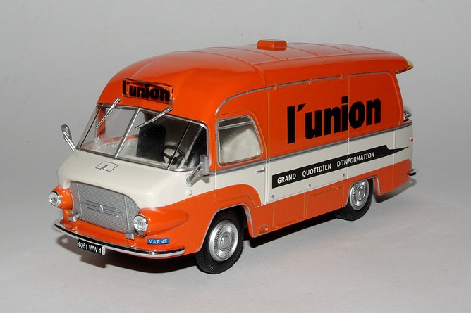 32 renault 2 5 t galion l union 1958 for Garage volvo rouen