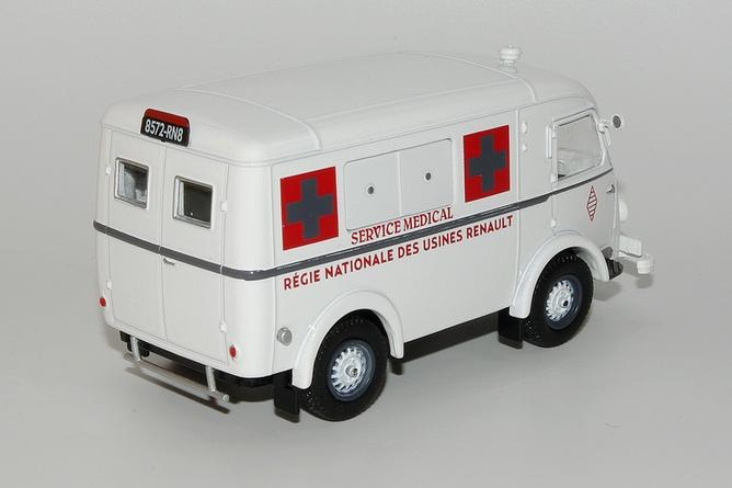 35 206 e1 ambulance usines renault arr