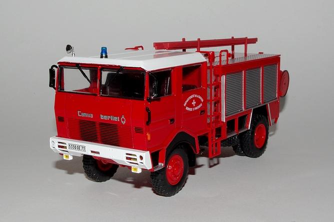 59 fourgon pompe tonne hors route camiva sur berliet gbd 4x4