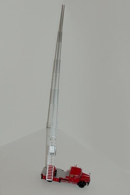 66 echelle pivotante mecanique de 52 metres metz sur krupp de berlin est echelle deployee