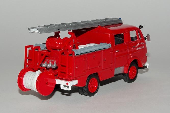 Citroen 350 g66 p s guinard incendie 1967 del prado pompiers du monde 2 arr