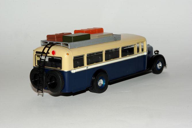 Miniatures 002