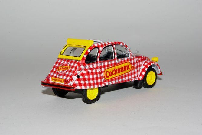 Miniatures 004 2