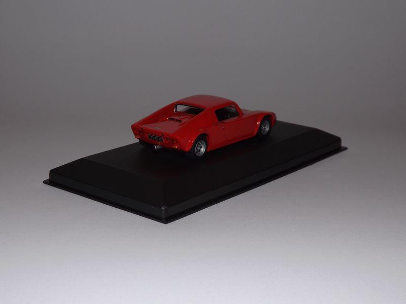 Miniatures 018