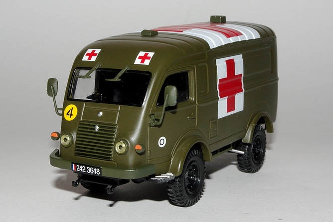R2087 ambulance