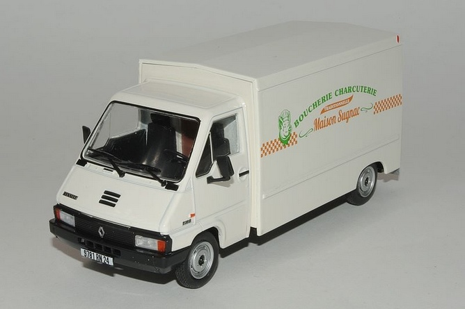 Renault master ferme