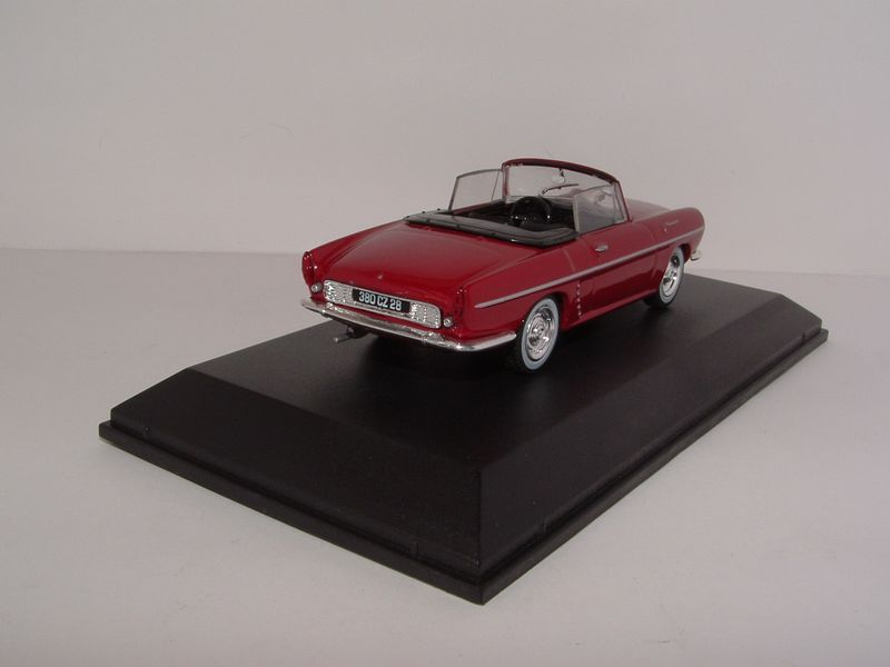 Renault m6 103