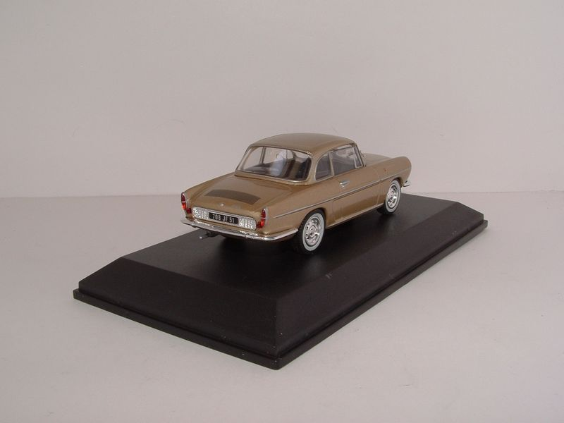 Renault m6 143