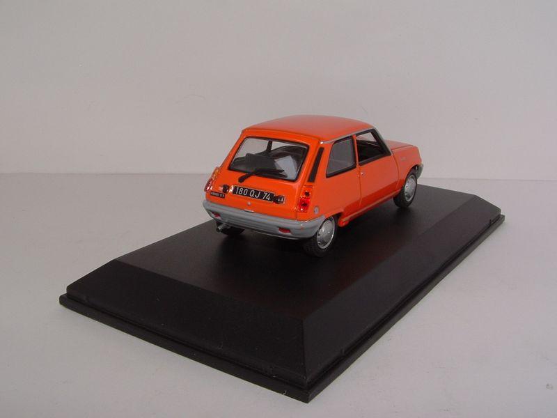 Renault m6 203