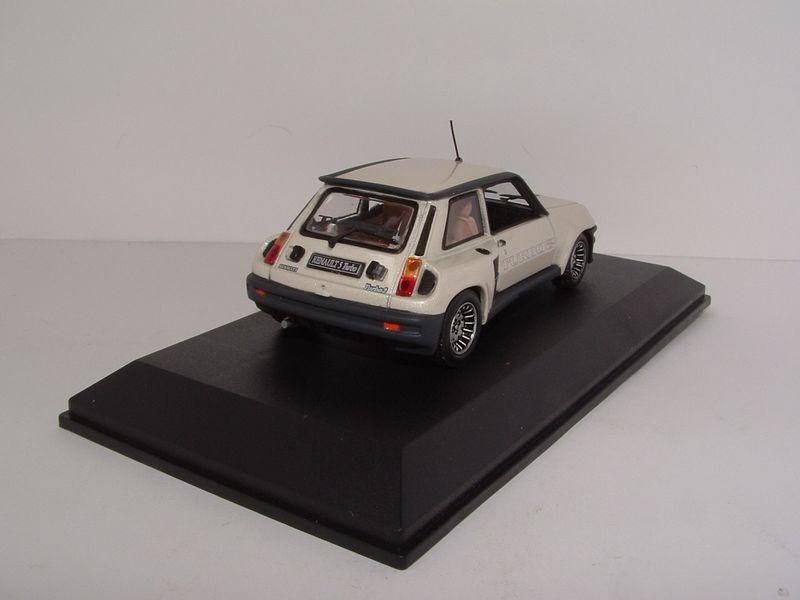 Renault m6 253