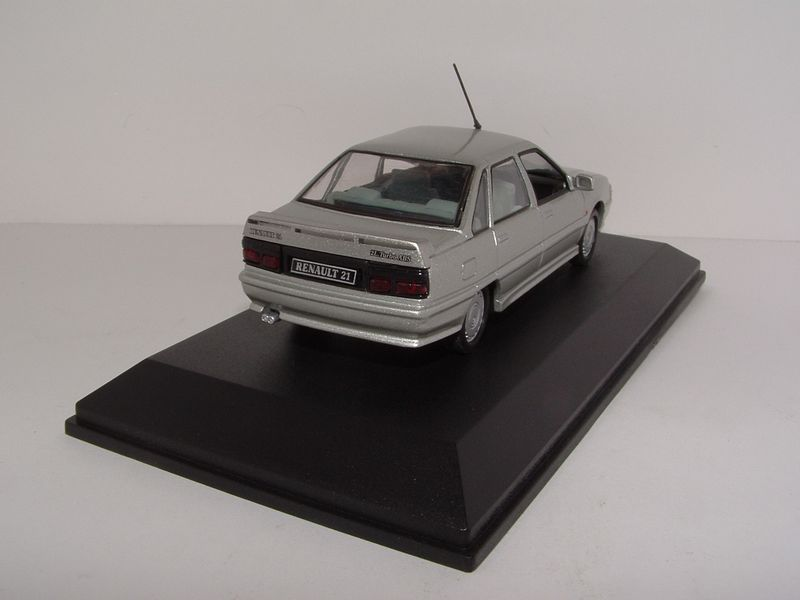 Renault m6 268