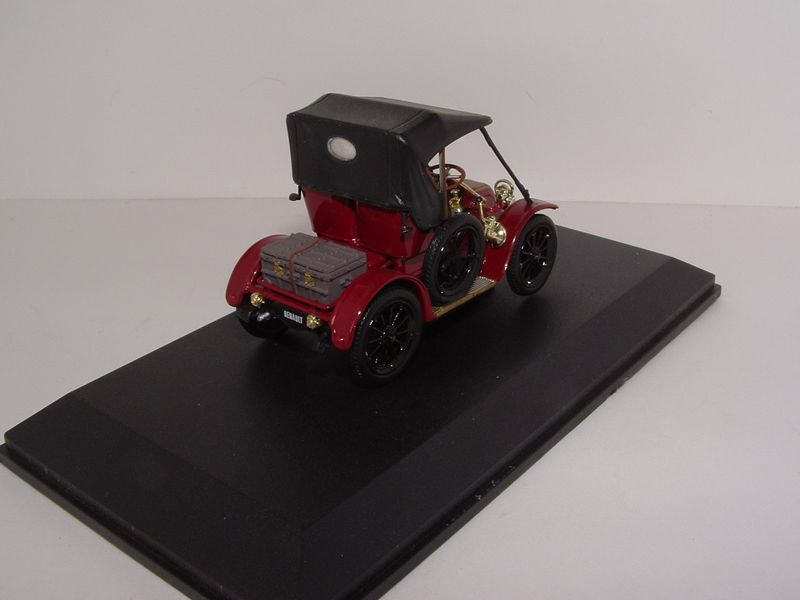 Renault m6 8